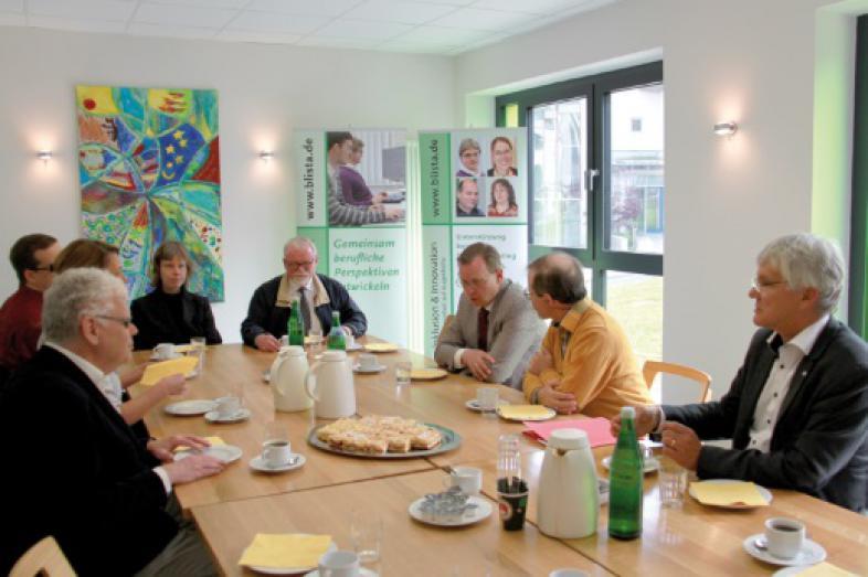Die Runde am Tisch mit Bodo Ramelow beim Informationsgespräch