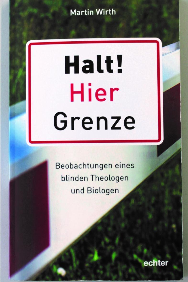 """Auf dem Buchcover ist der Titel """"Halt! Hier Grenze"""" als Verkehrsschild dargestellt"""