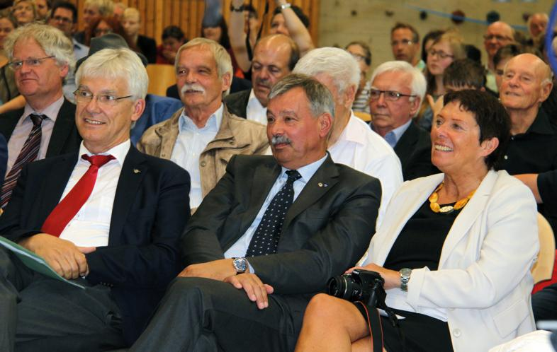 Jochen lembke zwischen blista-Direktor Claus Duncker und seiner Ehefrau