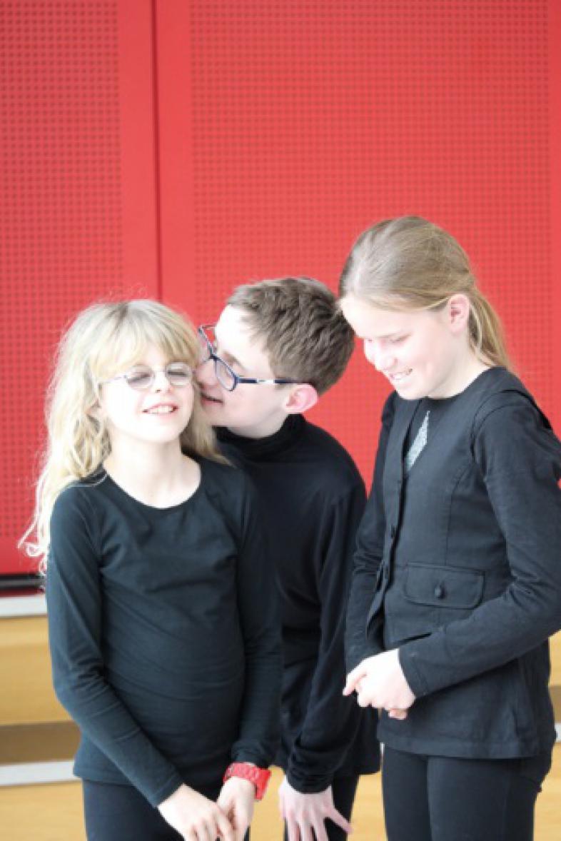 Theaterprobe mit Vreni, Jonas und Chiara