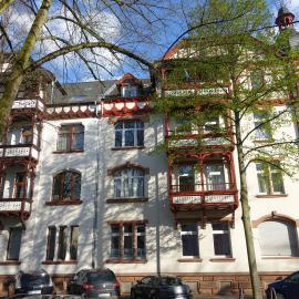 Eines der Wohngebäude in der Stadt Marburg