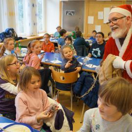 Ein Nikolaus in der blista-Mensa