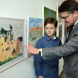 Staatsminister Boris Rhein mit Pierre Hristov