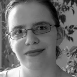 Portraitfoto in schwarz-weiß