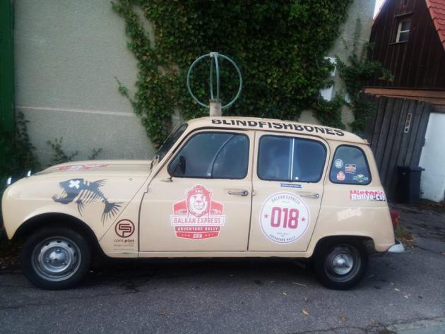 ein Auto aus vergangenen Zeiten